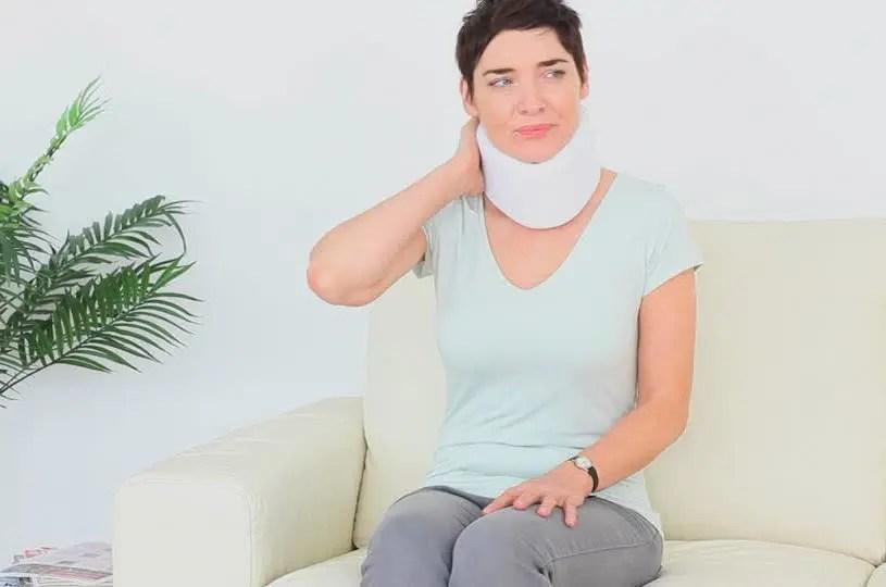 woman neck brace el paso tx