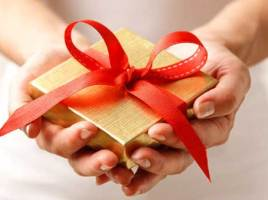 Gift Idea: Giving a Personalized Gift