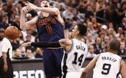 Perdidas millonarias de 14 equipos, entre ellos los Cavaliers y los Spurs