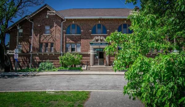 Jefferson Park Memorial Park Field House