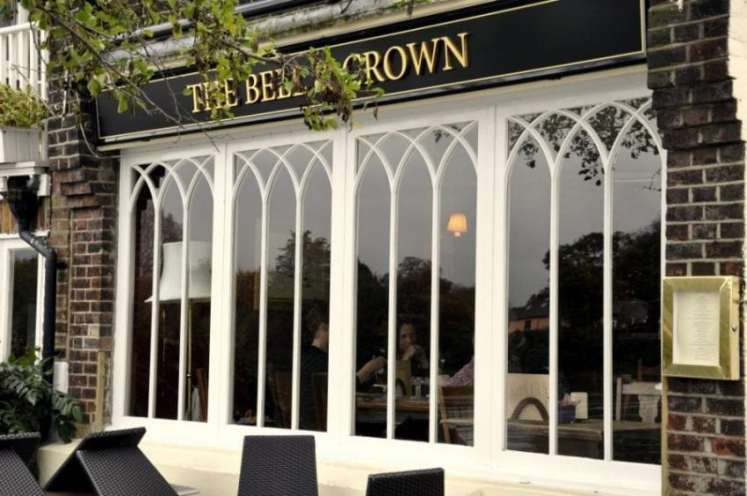 Club Card Offer 10% off food and drink at the Bell & Crown