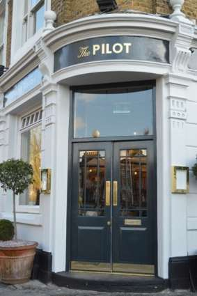 Club Card Offer 10% off food and drink at the Pilot pub