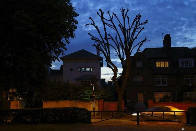 Chiswick Calendar Photographers Jon Perry Summer Night Enlightenshade