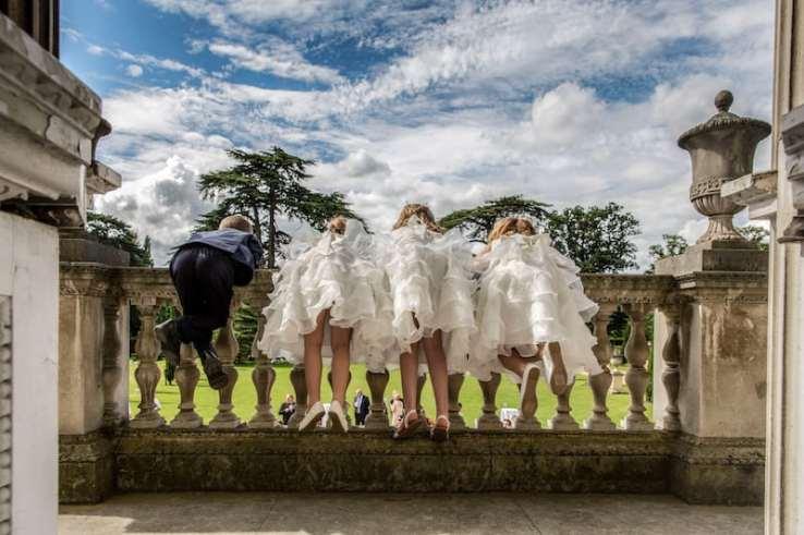 Anna Kunst 11 Bridesmaids at Chiswick House
