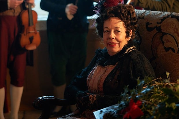 MAMMOTH SCREEN FOR ITV VANITY FAIR EPISODE 2 Pictured:FRANCES DE LA TOUR as Lady Matilda Crawley. Photographer:ROBERT VIGLASKY This photograph is (C) iTV and can only be reproduced for editorial purposes directly in connection with the programme or event mentioned above. Once made available by ITV plc Picture Desk, this photograph can be reproduced once only up until the transmission [TX] date and no reproduction fee will be charged. Any subsequent usage may incur a fee. This photograph must not be manipulated [excluding basic cropping] in a manner which alters the visual appearance of the person photographed deemed detrimental or inappropriate by ITV plc Picture Desk. This photograph must not be syndicated to any other company, publication or website, or permanently archived, without the express written permission of ITV Plc Picture Desk. Full Terms and conditions are available on the website www.itvpictures.com For further information please contact: Patrick.smith@itv.com 0207 1573044