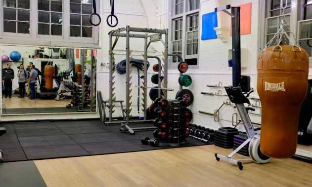 AAA IMAGE - Gym