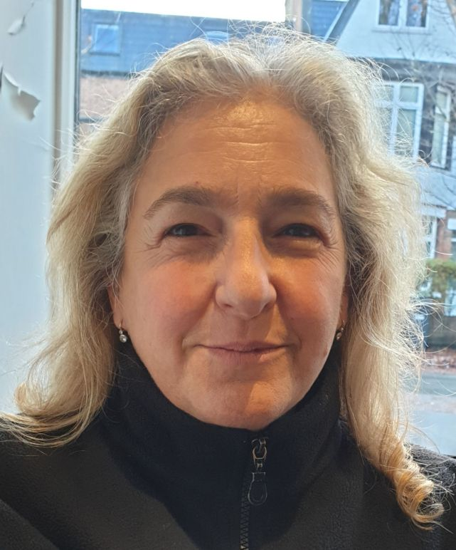 Karen Liebreich portrait_web