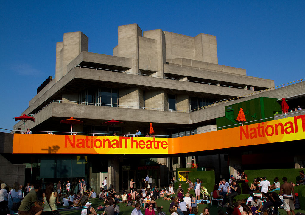 1024px-National_Theatre_London_(1)