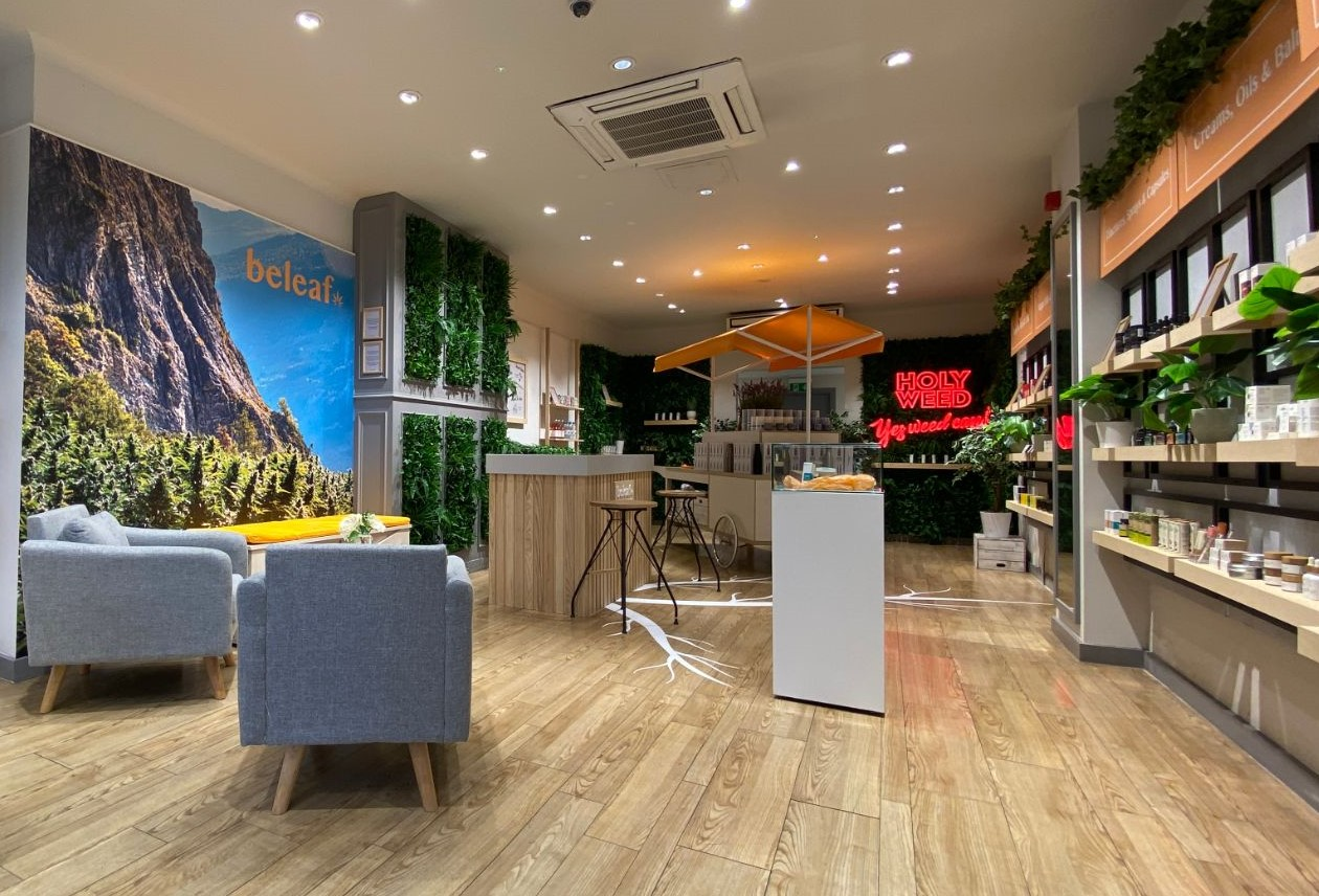 Chiswick shop 2 interior_web