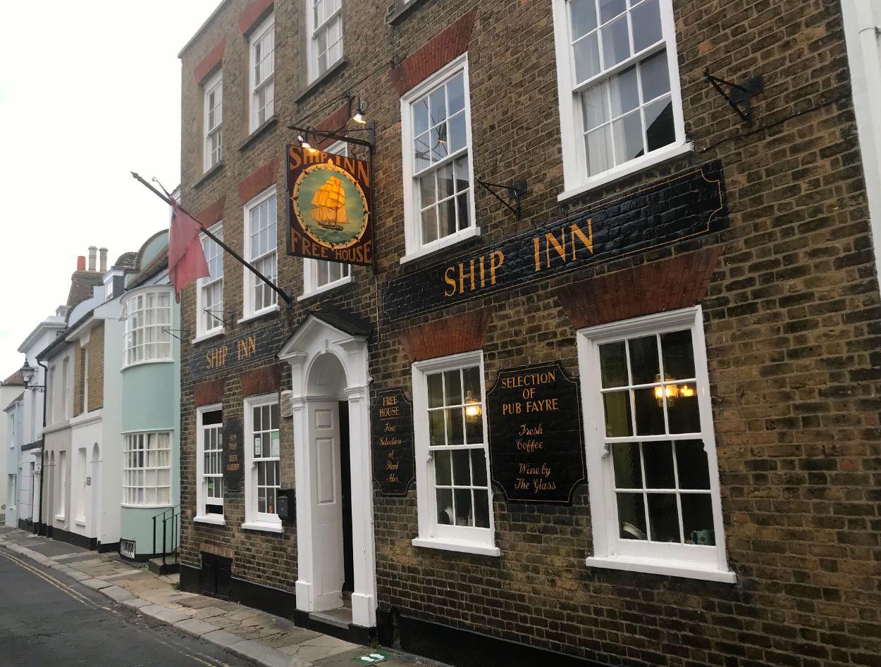15 September - The Ship Inn_web