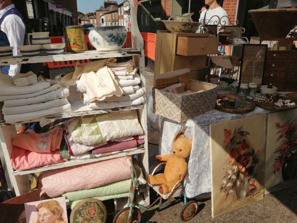 Antiques-market-1_web