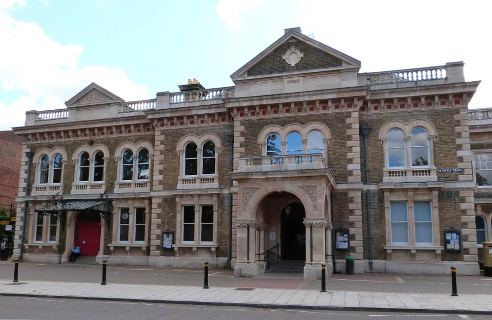 chiswick town hall_web