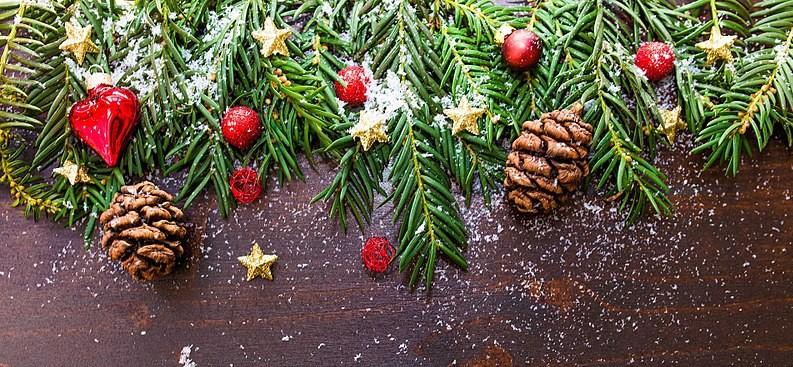800px-Christmas-ornament-2605814_1920_web
