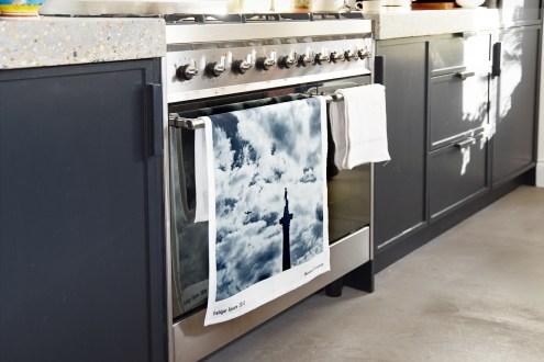 Futon_Company_Tea_Towel_Print_by_Barbara_Chandler_RRp_£10_futoncompany.co (Trafalgar) (1)