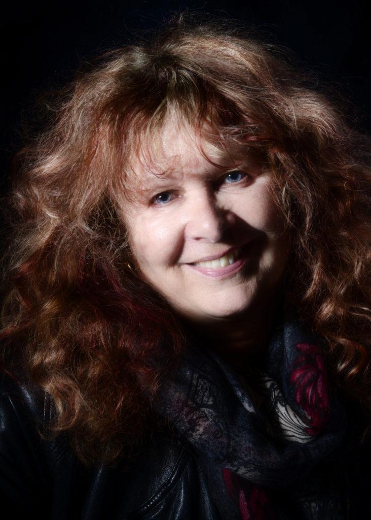 Judy-Leigh-18a-732x1024