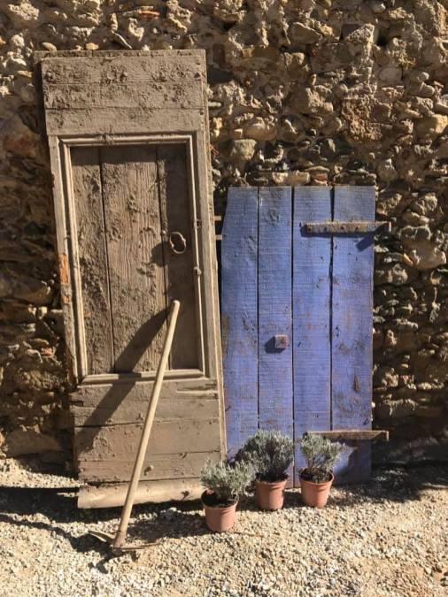 Angela 1 - old doorway