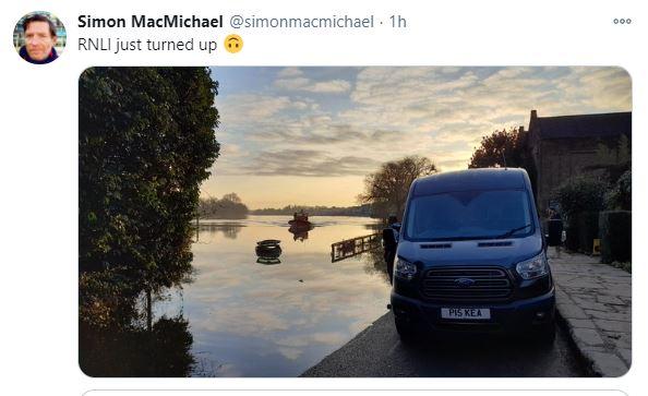 Flooded car tweet 2