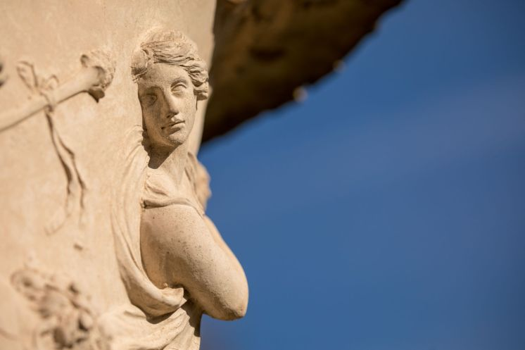 Chiswick House gardens statuary - Anna Kunst