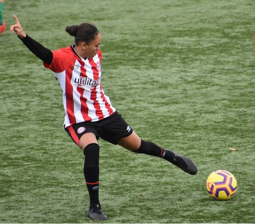 Rebekah Wiltshire 2 - Forward, Brentford Women's FC in action_web