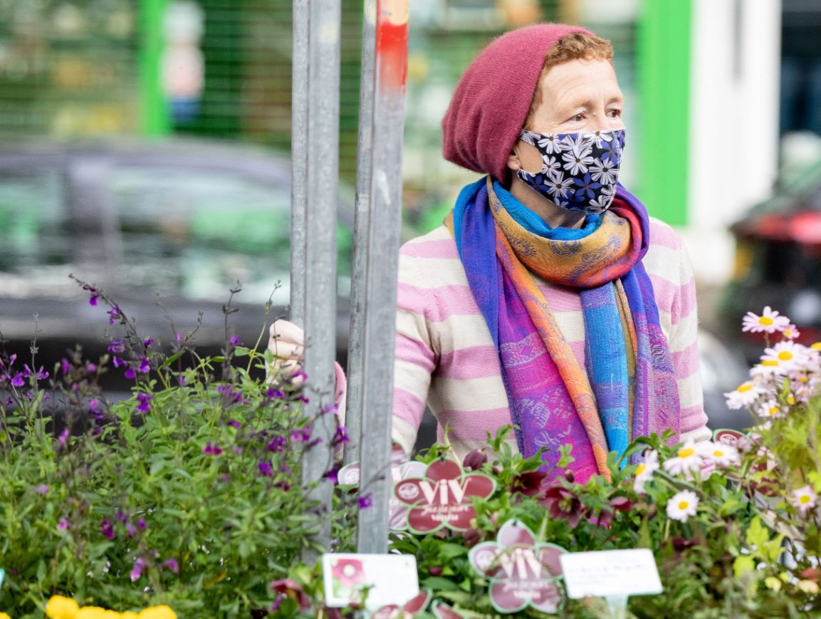 Rosy Hardy at Chiswick Flower Market_web