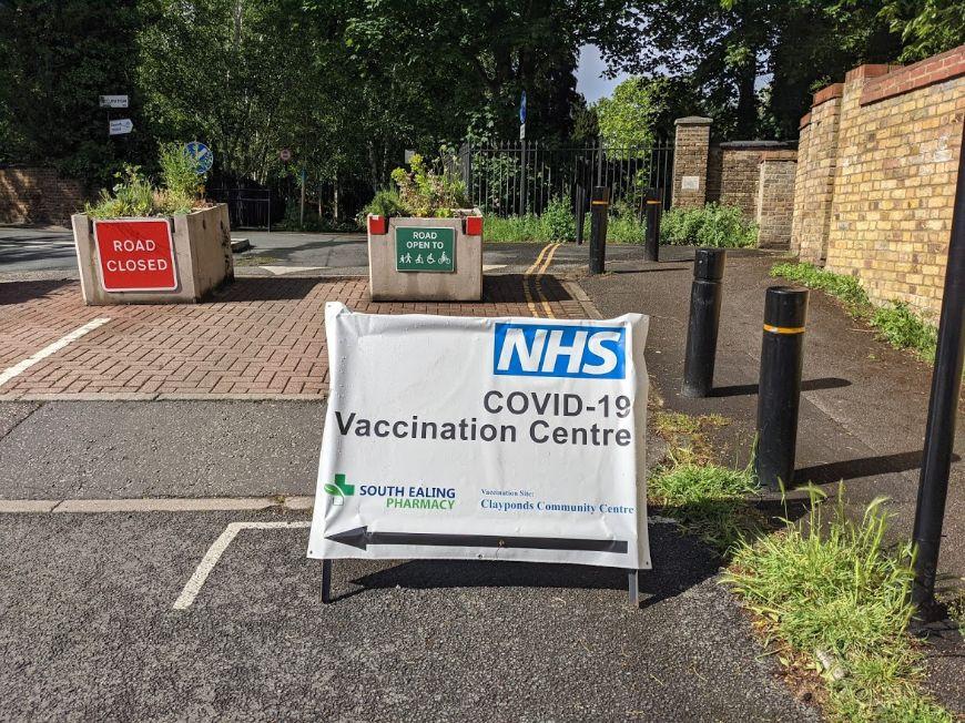 Vaccination centre_web