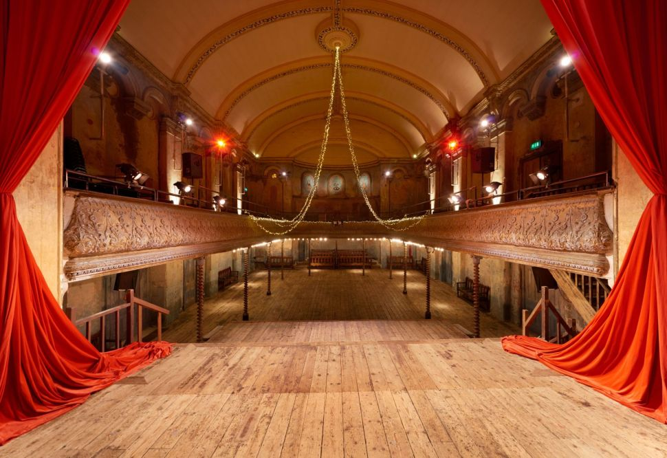 Wiltons Music Hall If used please credit ©Peter Dazeley from his book London Theatres