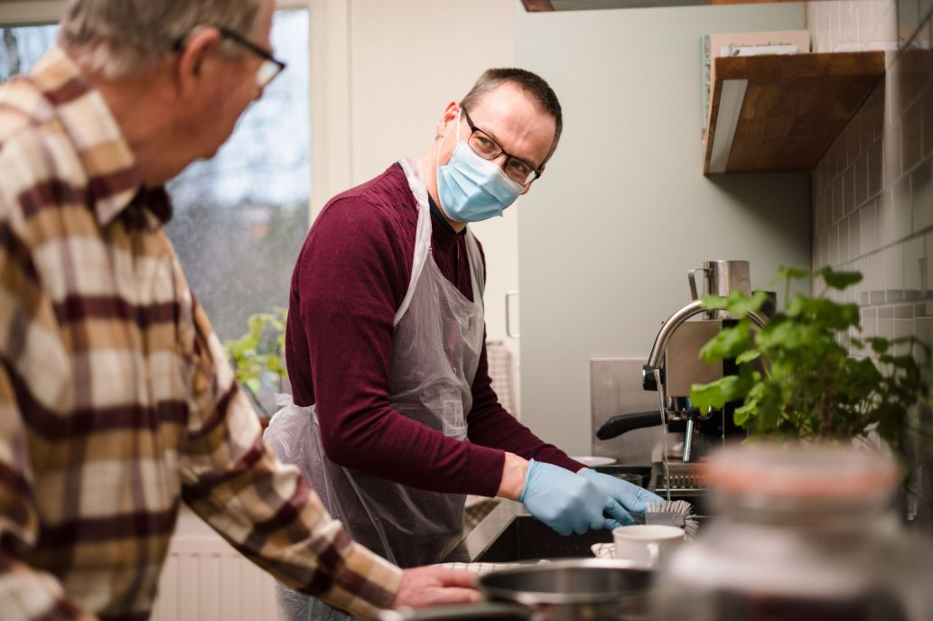 Home Instead carer helping with cooking_web