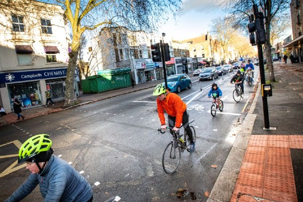 TfL-Image-Trial-cycle-lane-along-Chiswick-High-Road-2_web home