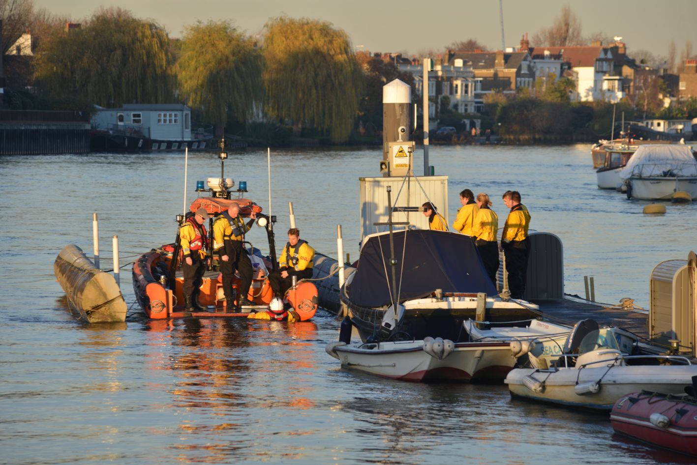 RNLI - 6.12.2014 - Winter rescue practice 2_web