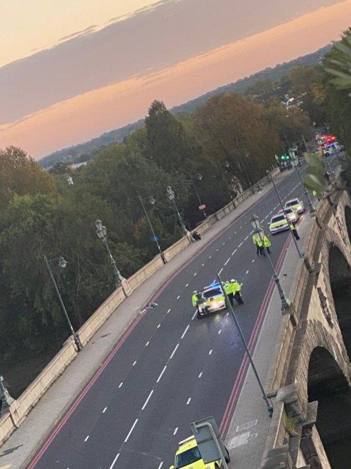 Kew Bridge Closure