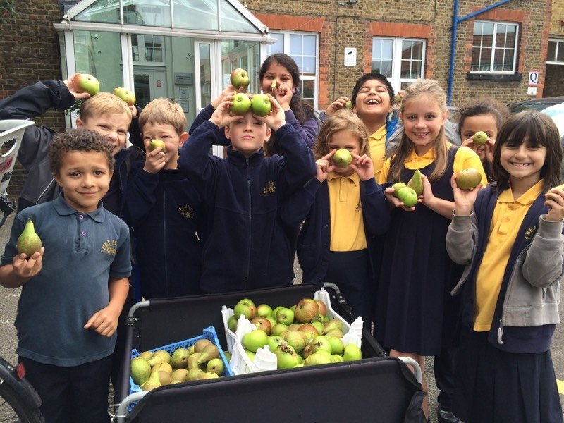 Abundance London educational and environmental projects around Chiswick6