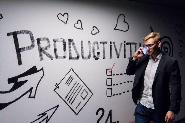 生産性向上 Photo by Andreas Klassen on Unsplash