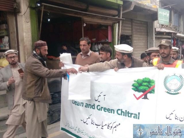 awarness rally against polythene bags lead by AC sajid nawaz chitral 3
