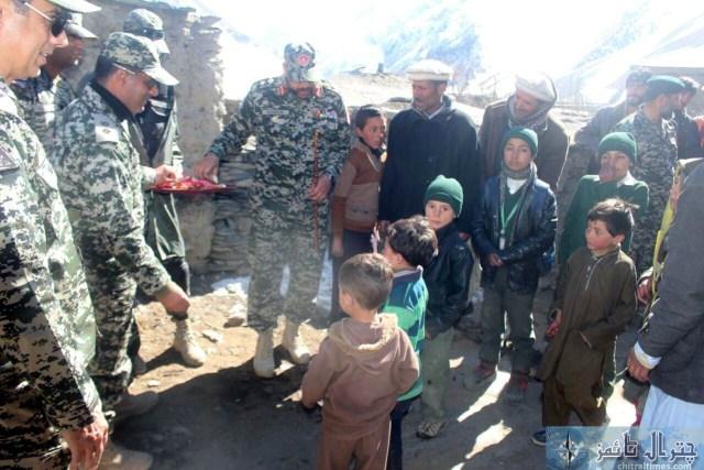 comdt chitral scouts col moen 23