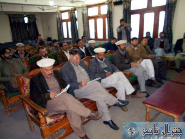 ppp Saleem khan press confrence Chitral 1