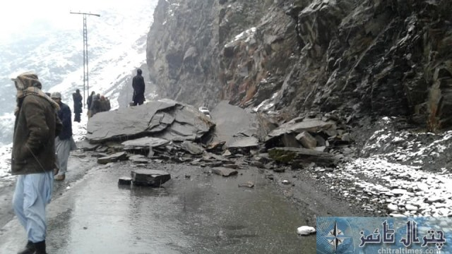 chitral Chitral Mastuj road closed due to snowfall and landsliding latter on road re opend for trafic pic by Saif ur Rehman Aziz