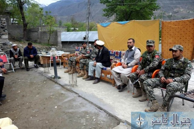 cs and army official visit danain damage house 3