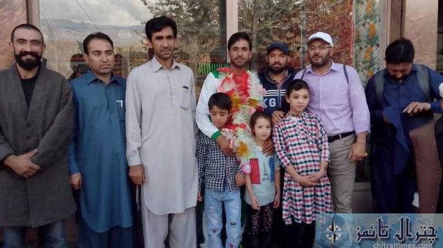international atheleats siyar baig reached chitral 2