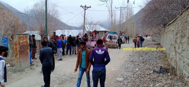 mastuj passengers reached upper chitral during lockdown2