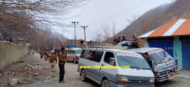 mastuj passengers reached upper chitral during lockdown4