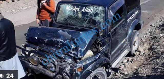 Chitral a vehicle plunged into river Chitral in Torkhow valley resulting 4 died one injured pic by Saif ur Rehman Aziz5 1