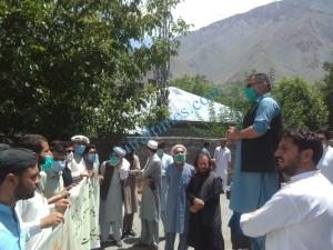chitral prostest against dialosis machine ji youth1 scaled