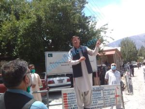 chitral prostest against dialosis machine1 1 scaled