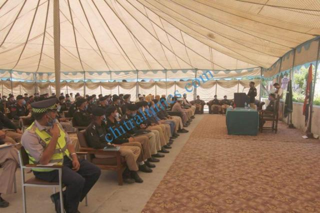 dpo chitral meeting with police jawans1 1