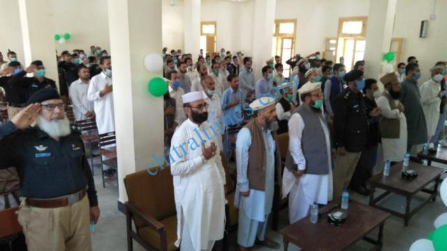 mna chitrali distributes awards among covid19 front line persons4