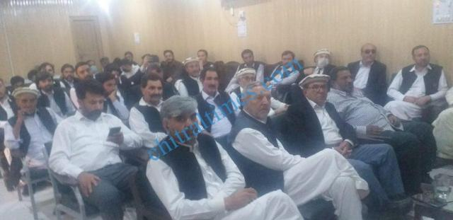 chitraltimes bar oath taking ceremoney chitral 212