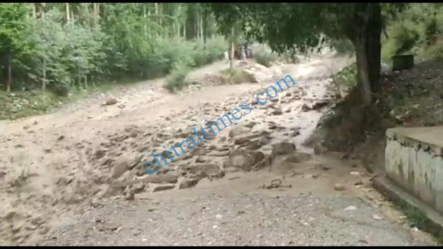 chitraltimes garamchashma flood chitral 2