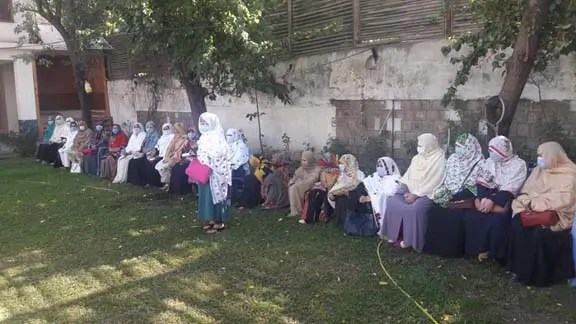 Chitral LHWs take to streets demanding pay raise, service structure