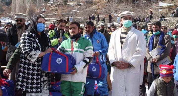 Snow sports festival ends with cultural show