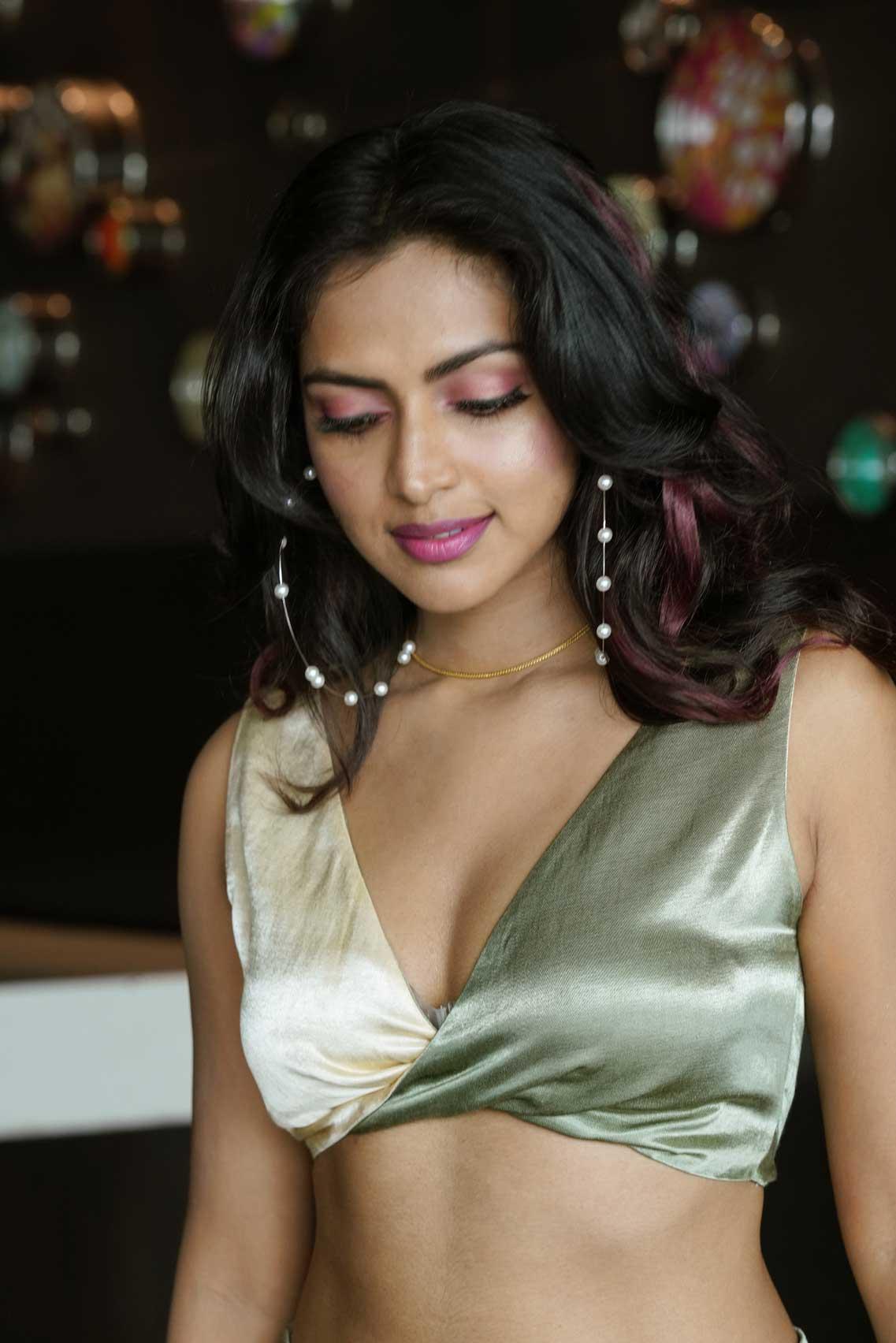 Amla Paul Hot and navel photo shoot